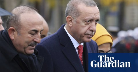 Recep Tayyip Erdoğan (r.) attended the World War I commemorations in France, where he said he spoke to western leaders about Khashoggi's death. Photo: Ludovic Marin/AP