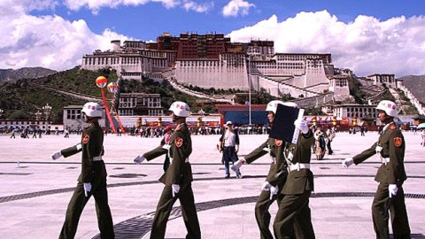 Tibetan Students, State Workers Barred From Religious Events in Lhasa